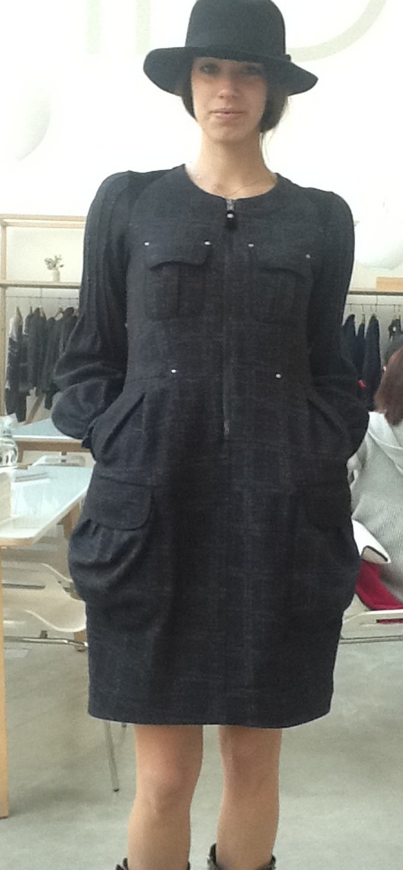 Платье серое на молнии в клетку HIGH 921077