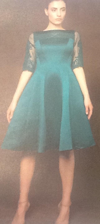 Платье зеленое с гипюром Meher&Riddhima A28