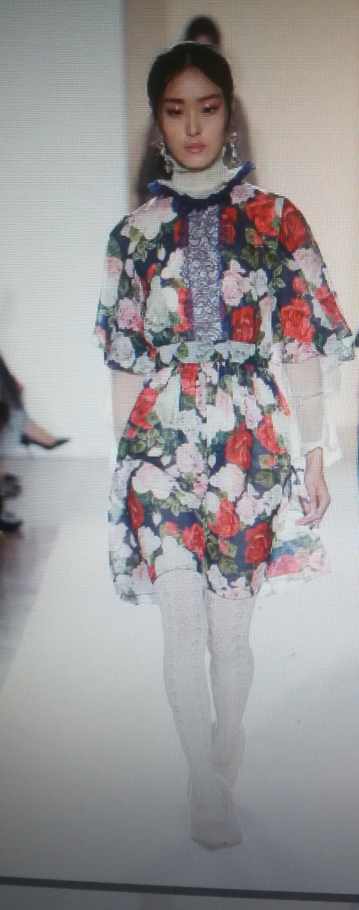 Платье с розами шифоновое Blugirl Blumarine арт.47382