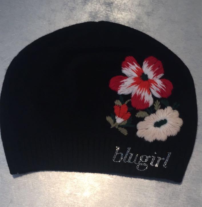 Шапка с цветком черная Blugirl Blumarine арт.44029