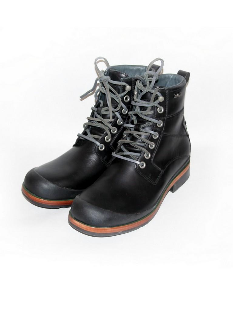 Ботинки чёрные UGG 1001563