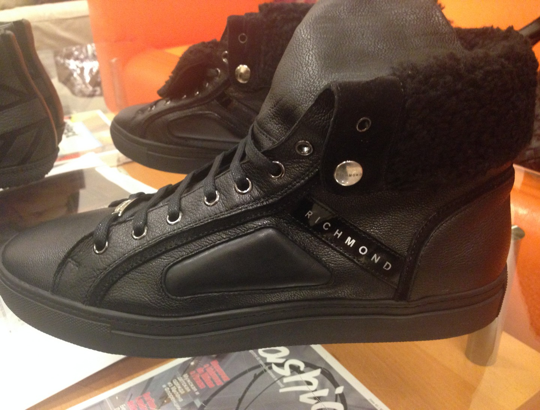 Кроссовки  чёрные Richmond