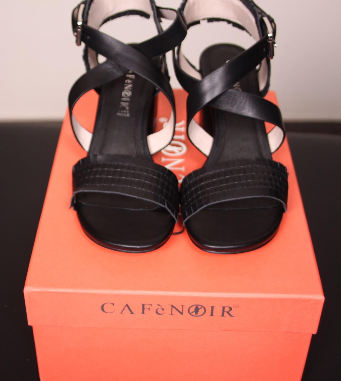 Босоножки  чёрные CAFeNOIR NA114