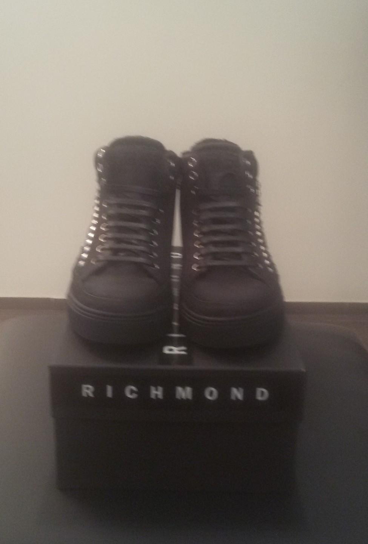 Кроссовки черные с мехом Richmond 6452