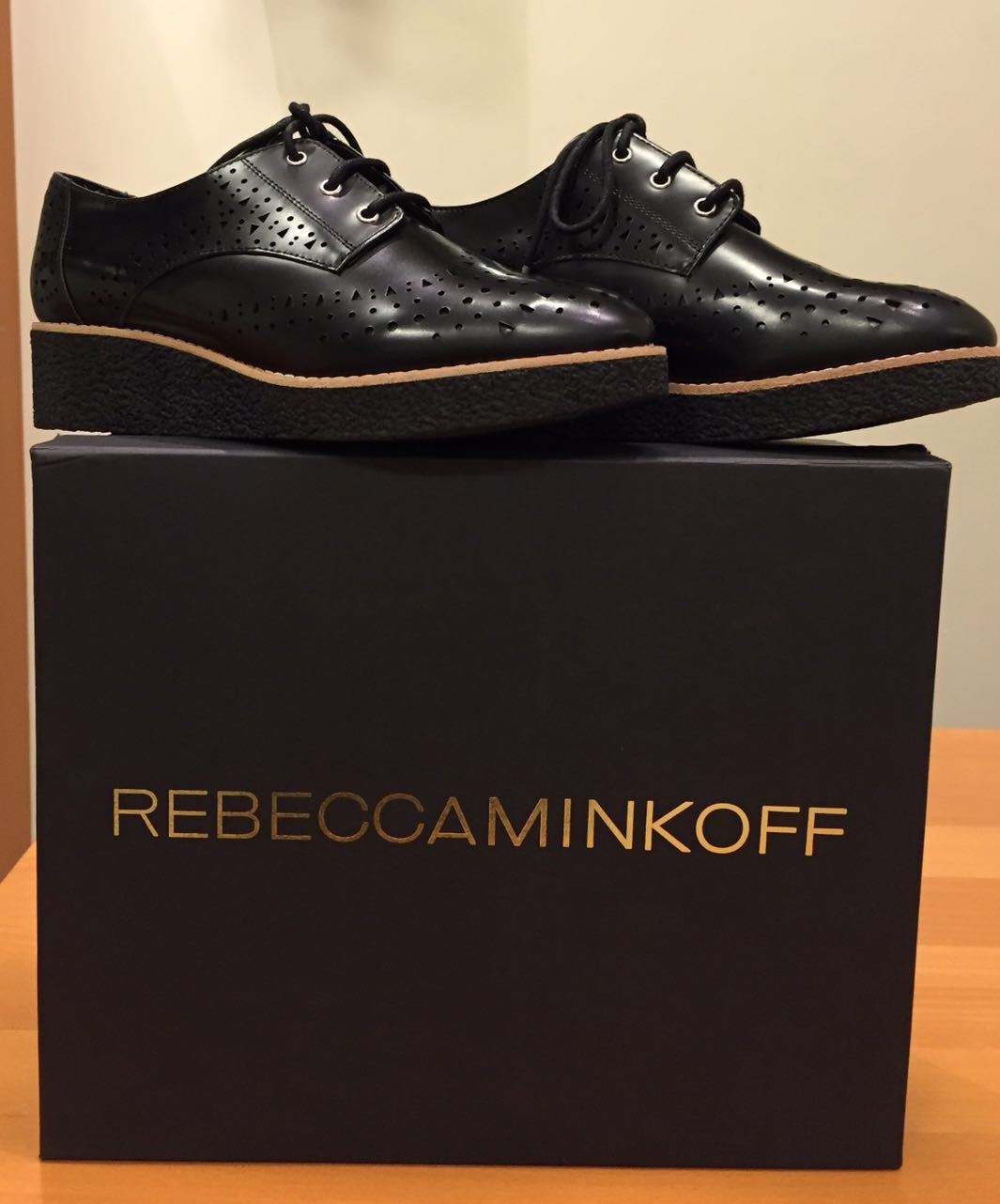 Ботинки черные R.Minkoff М470