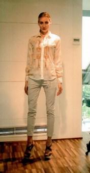 Рубашка бело-голубая Coast Weber 55820-09648. Image 0