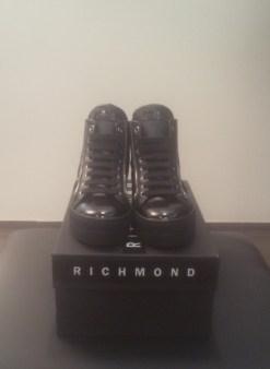 Кроссовки черные с молниями и черепом Richmond 6397 Image 0